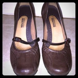 Kenneth Cole Reaction Cede the Way Brown Wedges